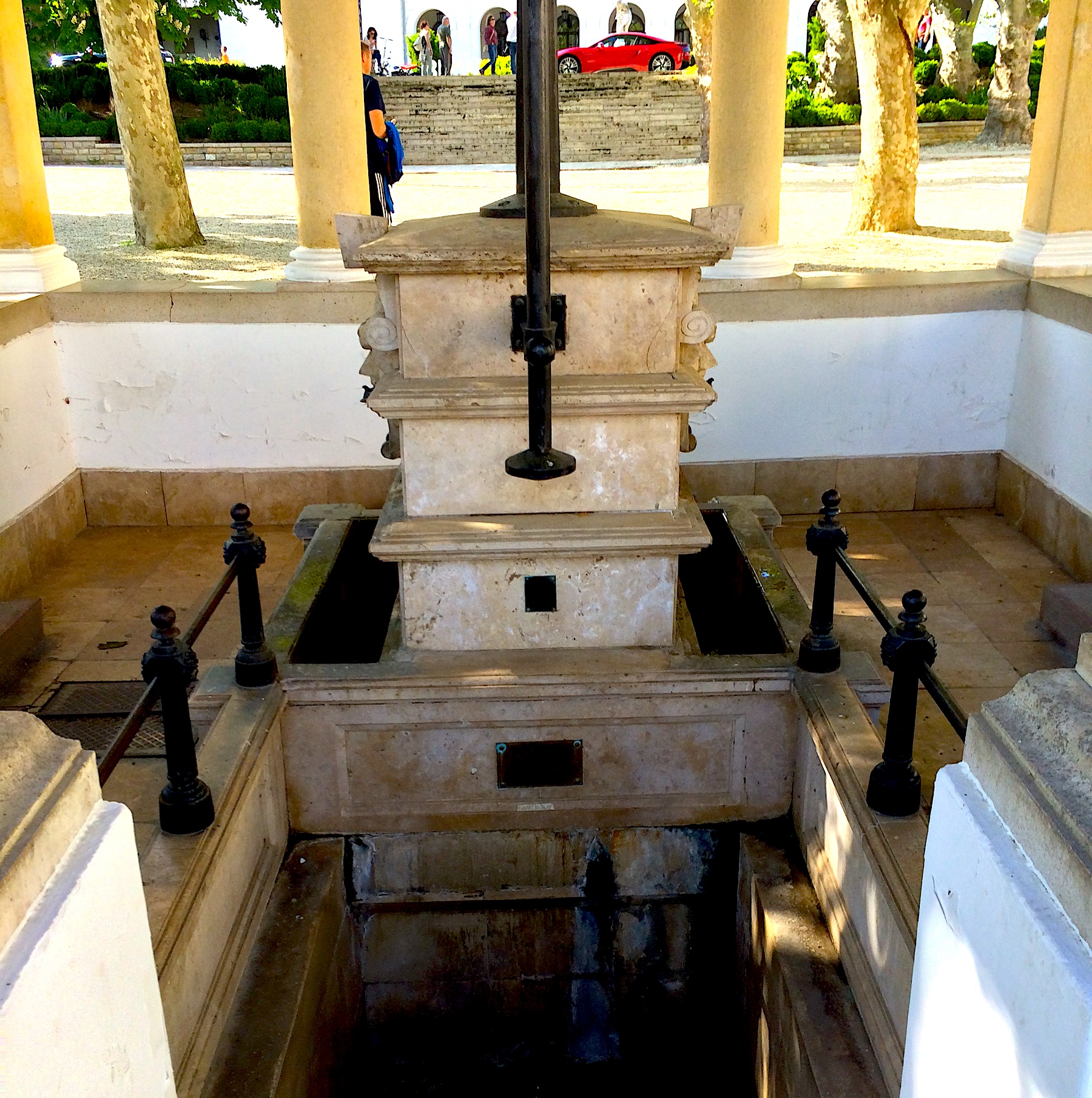 Free mineral water in Balatonfüred, Kossuth Lajos spring.