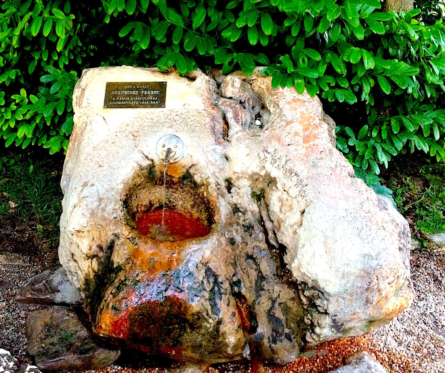 Free mineral water in Balatonfüred, Schneider spring.