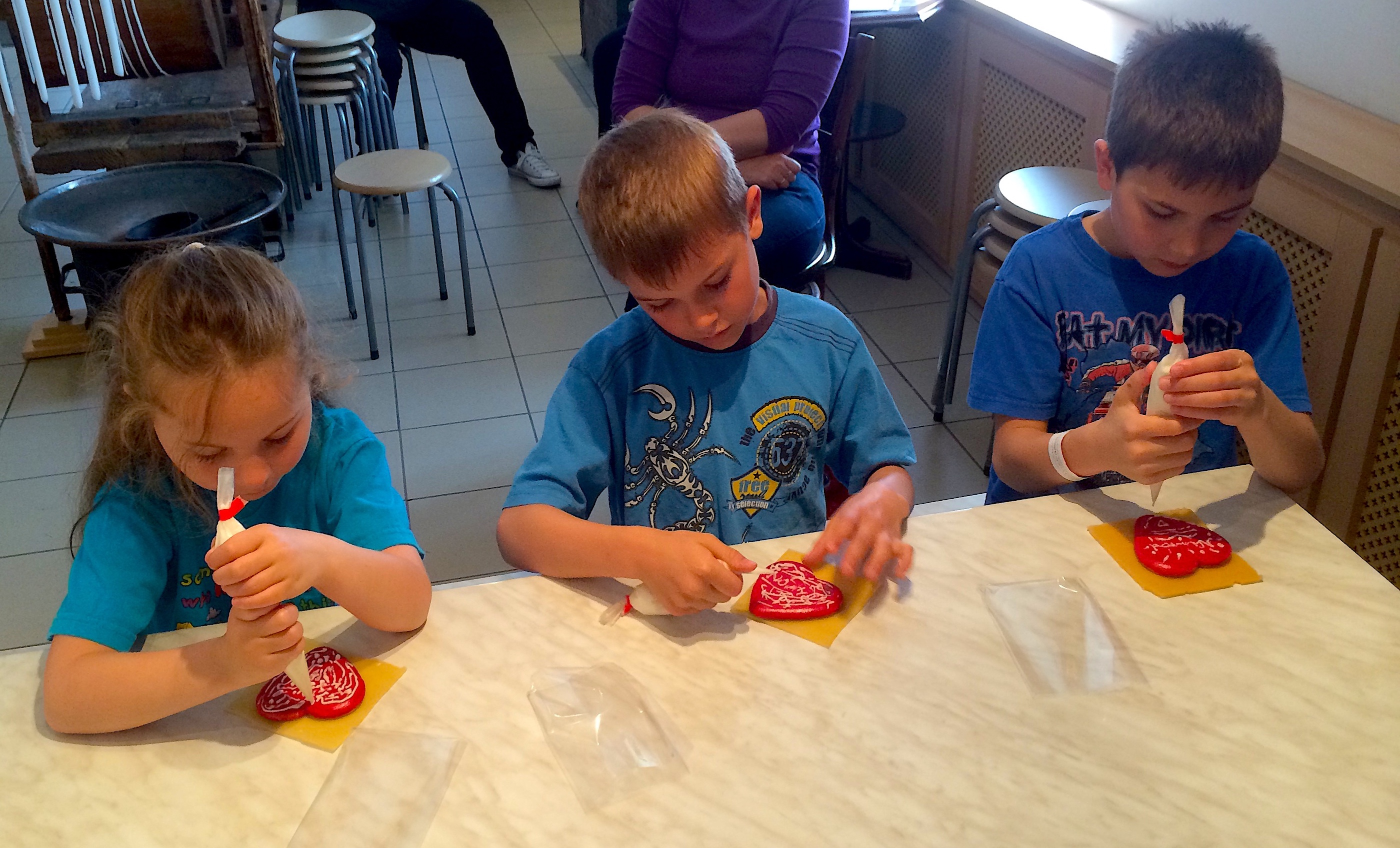 Anyone can try to make gingerbread at the museum